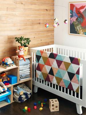 quarto de bebê colorido