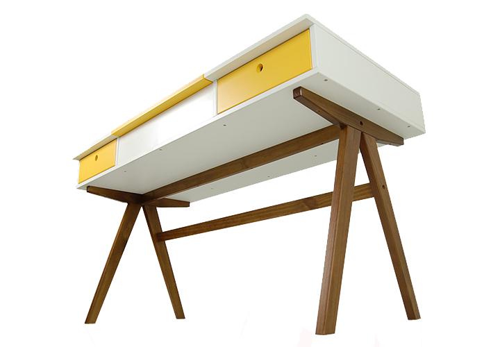 3-escrivaninha