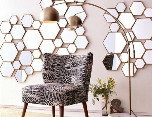 decoração com espelhos em formatos de mosaicos