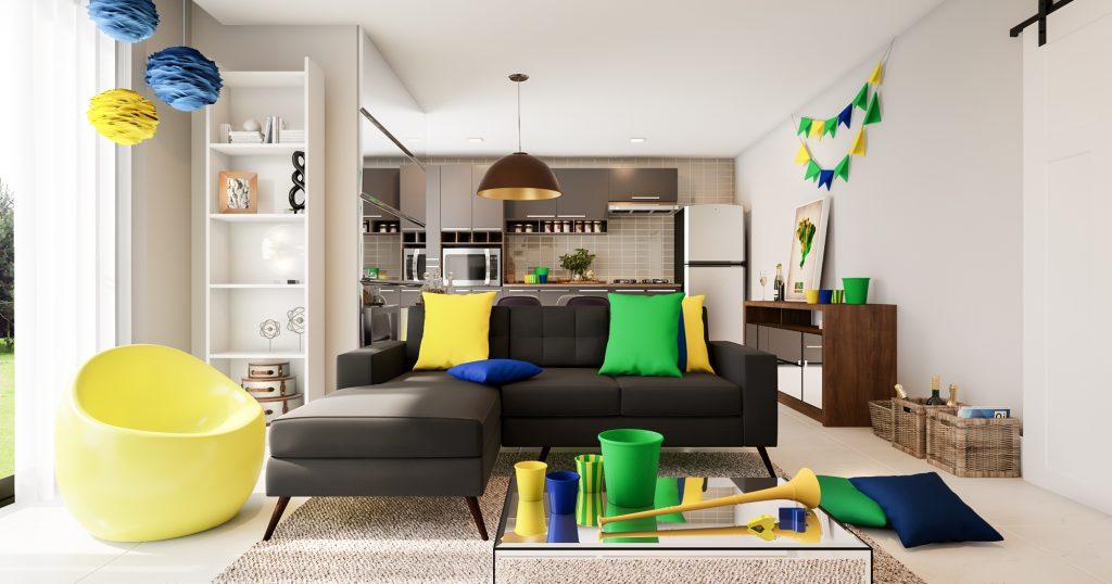 festa em casa no living room decorado com verde e amarelo
