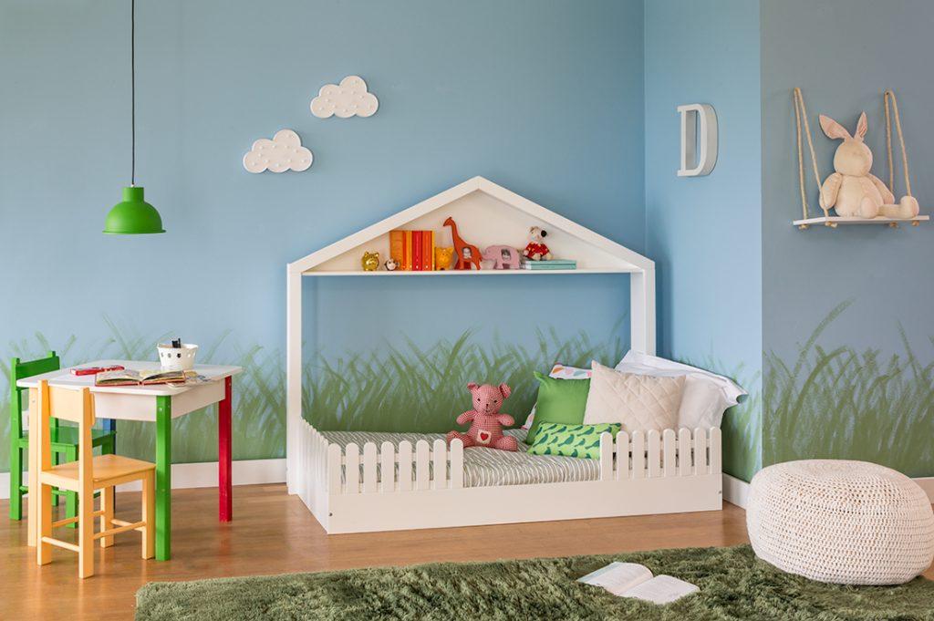 b2224b8bf ... a segurança de bebês que se mexem muito durante à noite. E olha o  grafismo das graminhas nas paredes! Uma ideia linda e fácil de aplicar em  casa