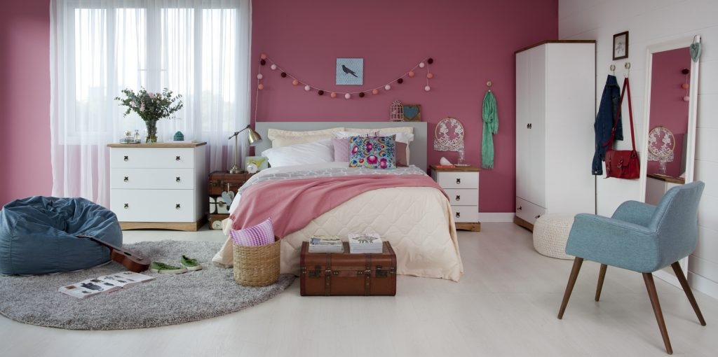 decoração de inverno com quarto em tons de rosa