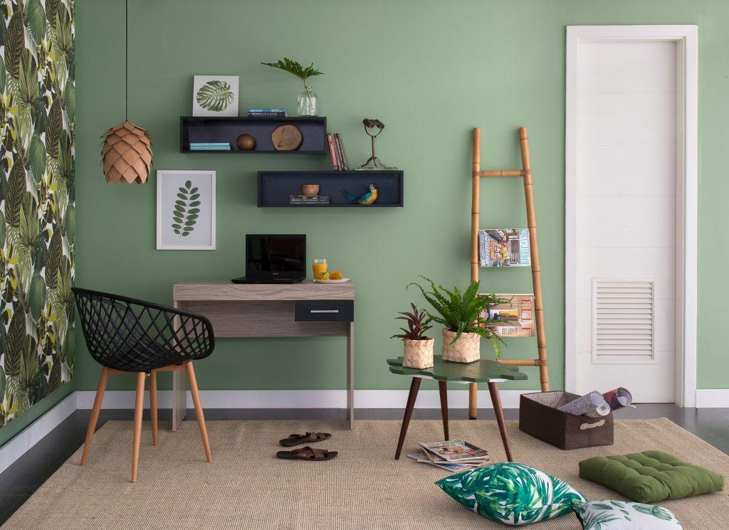 decoração jungle com escrivaninha