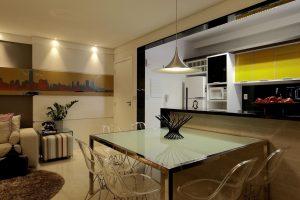 cozinha de americana com sala de jantar integrada