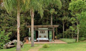 spa criado em terraço no meio da natureza