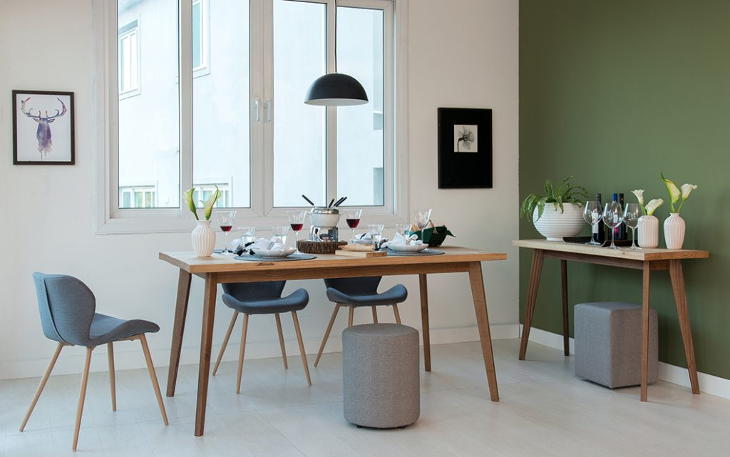 inspirações-Sala-de-jantar-decorada-com-aparador-e-buffet (1)