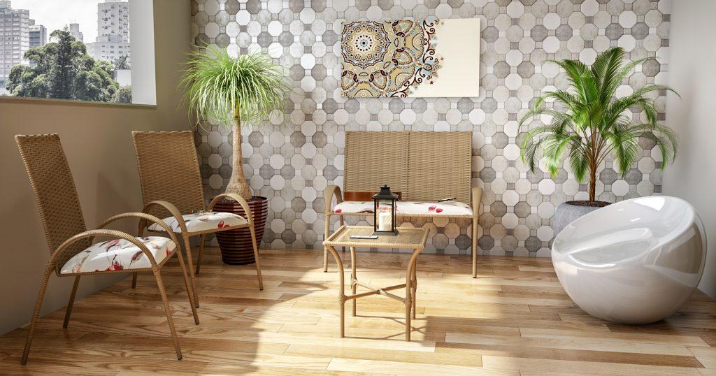 decoração de área externa feita com mesas e cadeiras rústicas