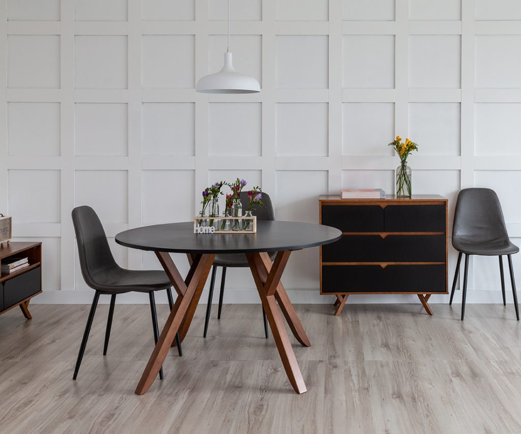 Living room com estilo escandinavo na sala de jantar